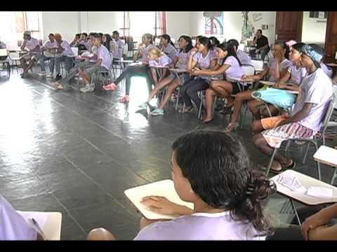Seminário de formação de jovens das comunidades rurais - 02-12-11 - TV Araçuaí.VOB