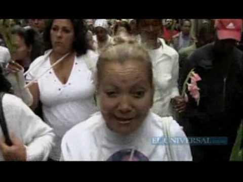 Damas de Blanco marchan en Cuba