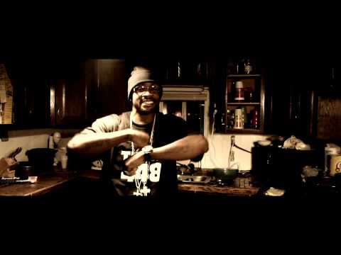 """Chilla Pertilla ft. Pyrex Pachino """"Standin' In The Kitchen"""" Official Music Video"""