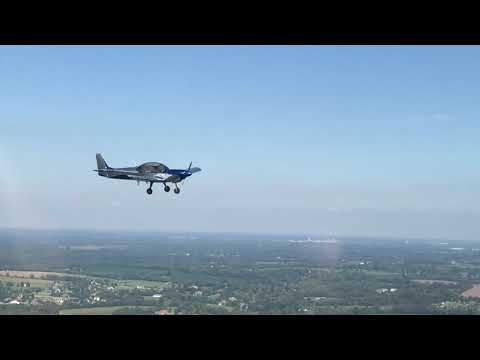 Short air-to-air video of N129BZ