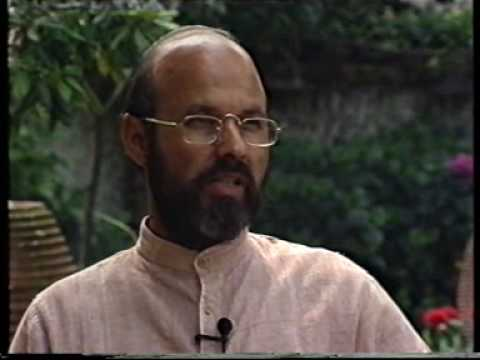 Prof. A.B.Bhardwaj talks on Vinoba - part one of two.wmv