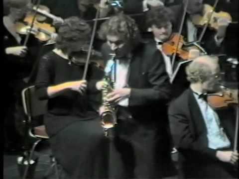 Huub Claessens performs Farandole from Tableaux de Provence by Paul Maurice