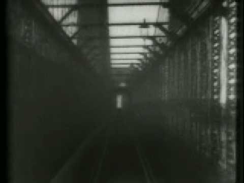 Brooklyn to New York via Brooklyn Bridge (1899)