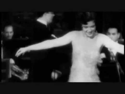Dancing The Shimmy (1920s)
