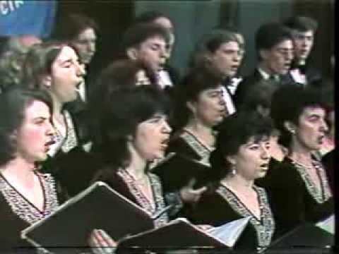 """Марин Чонев и хор """"Морски звуци"""" на Варненско лято 1996"""