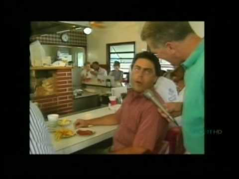 Huell Howser visiting the APPLE PAN in Rancho Park LA