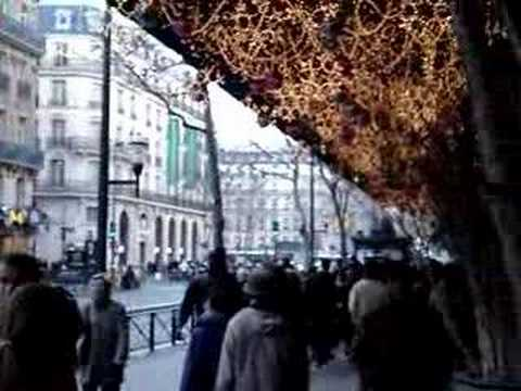 Christmas Shopping In Paris