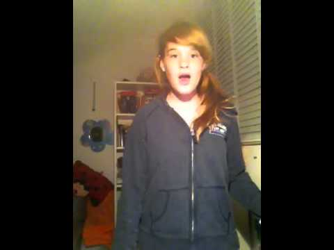 Smile-Avril Lavigne. Young Girl (cover)