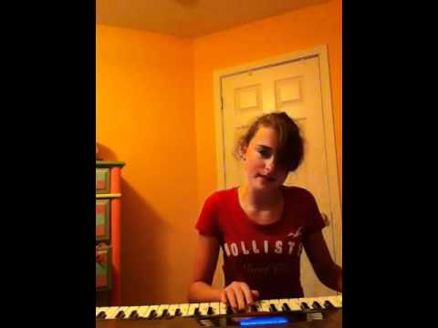E.T.  Katy Perry Cover Piano and Singing