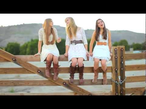 Mary Desmond - We Are Never Getting back Together (COVER) feat. Brielle Mussomeli and Martina Lopez
