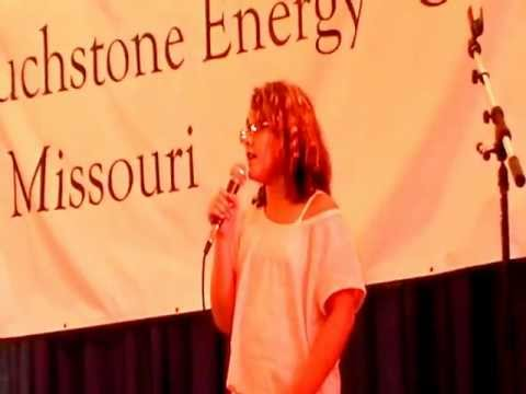 zoe alexa singing at the missouri state fair 2012