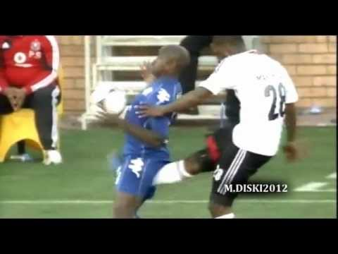 OUCHIES - Rooi Mahamutsa Red Card - Nut Shot - Moemish Of The Week