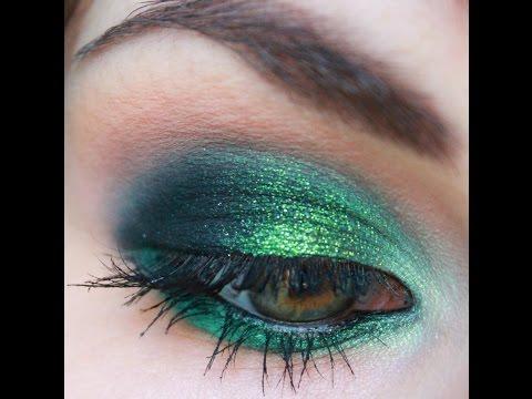 W zieleni: Inglot/ Zoeva/ Maybelline/ topshop