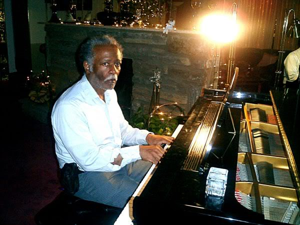 Len Bryant at the Piano