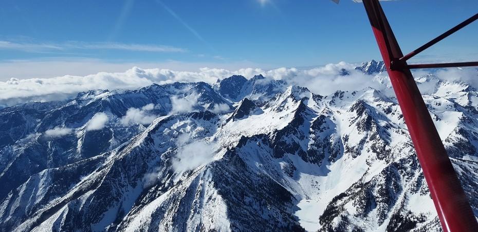 Pacific Northwest Cascades 8500'