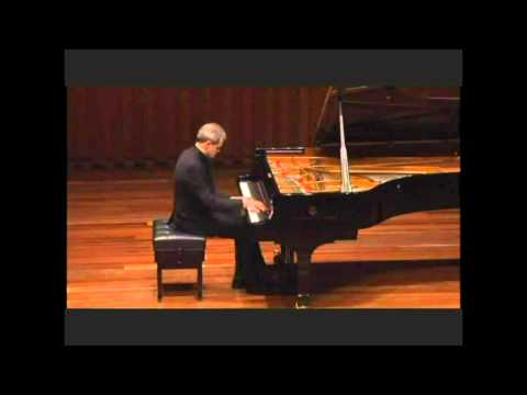 Nutcracker Pas de Deux by Tchaikovsky/Pletnev, played by Alvin Moisey