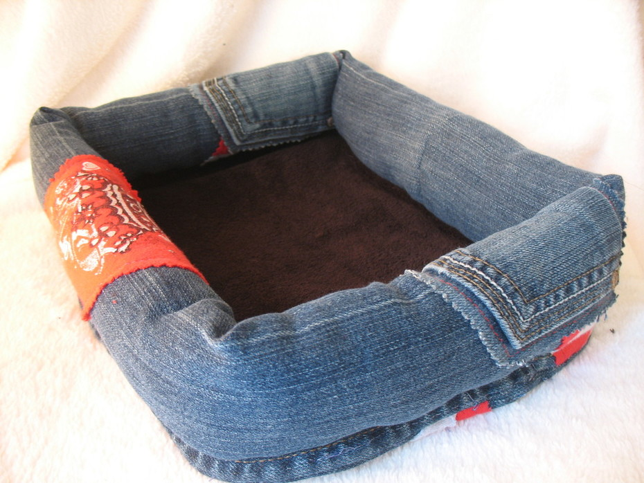 Recycled Denim Guinea Pig Bed