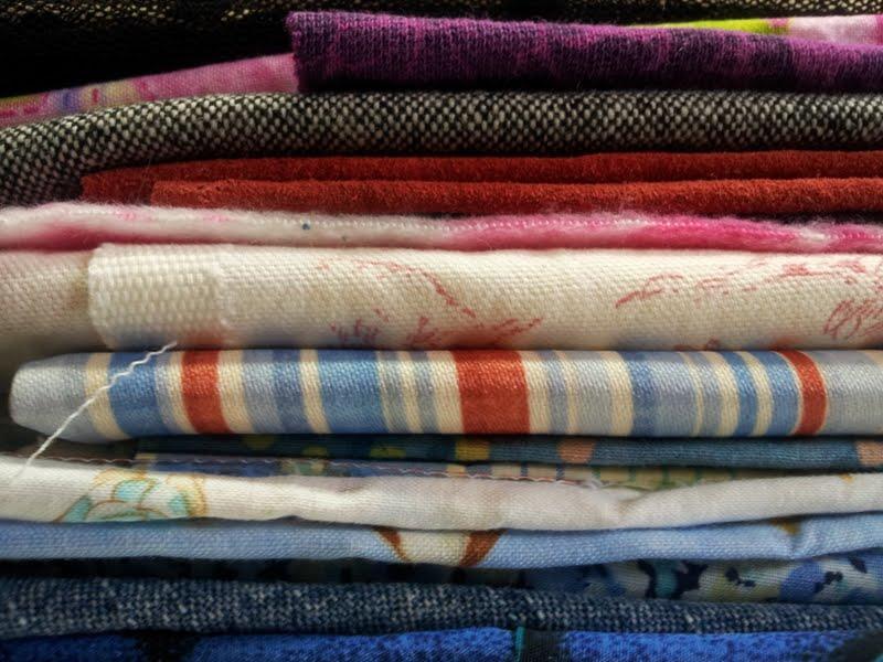 Scrap Fabric Give-away Bundle - April 6 Draw