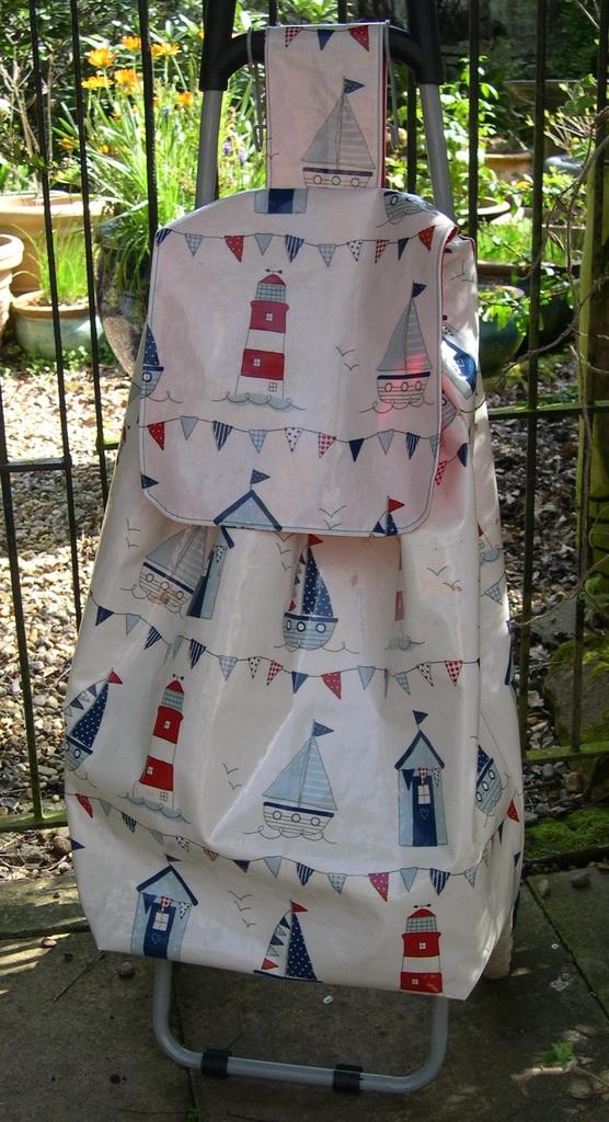 Oilcloth Wheeled Shopping Bag