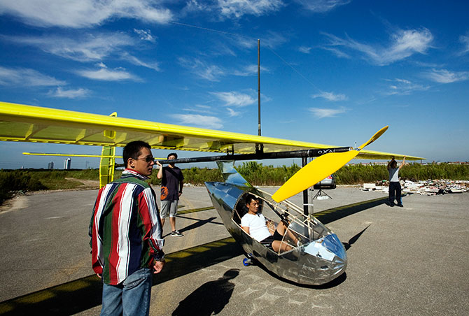 Photo of Mao Yiqing in his human-powered airplane courtesy Mao Yiqing.