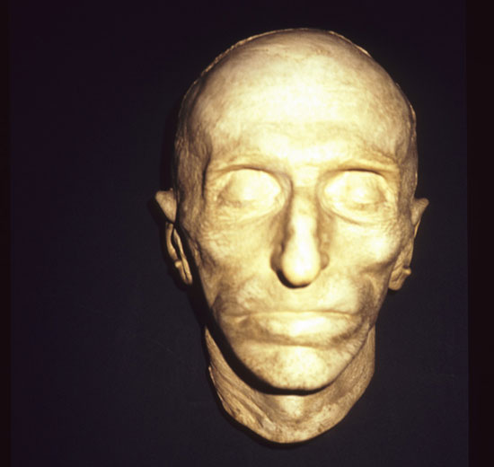 Nikola Tesla's death mask