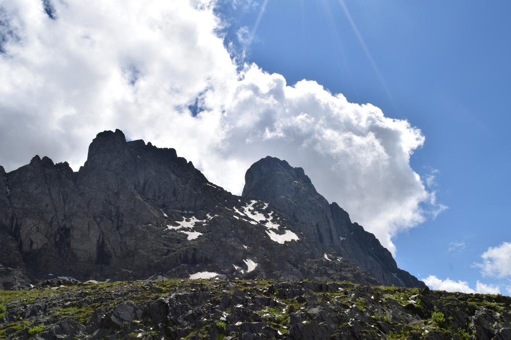 kazbegi | mount | travel ყაზბეგი | მოგზაურობა