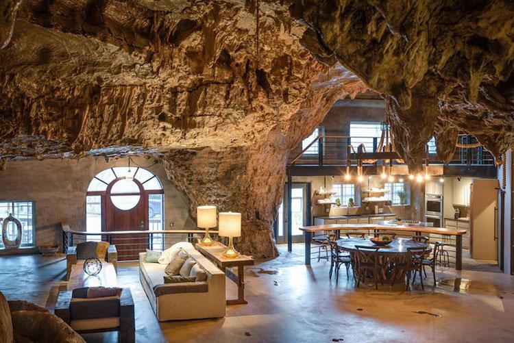 სახლი გამოქვაბულში, სახლი კლდეში, სახლი მღვიმეში, ბონდიანა, ჯეიმს ბონდი, ბლოგი, არქიტექტურა, Qwelly, blog, architecture, james bond