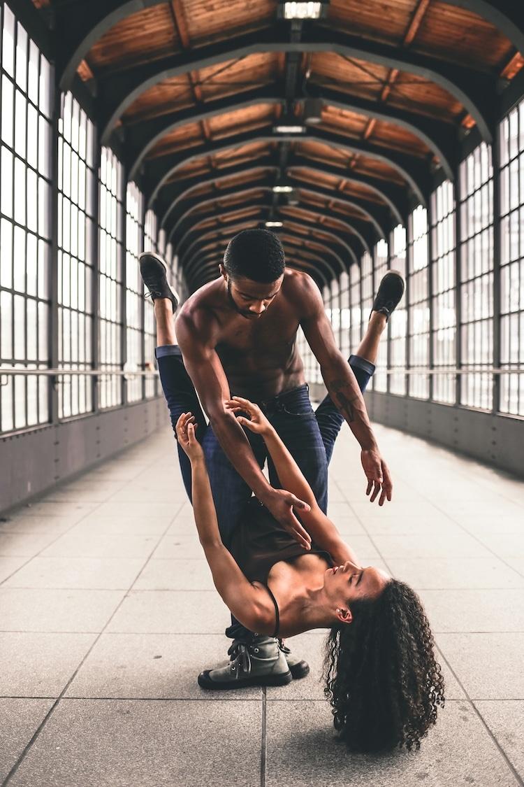 კამერები და მოცეკვავეები, cameras and dancers, qwelly, blog, qwellygraphy, photography, ქველი, ფოტოგრაფია, ცეკვა, მოცეკვავეები, ბლოგი, ხელოვნება