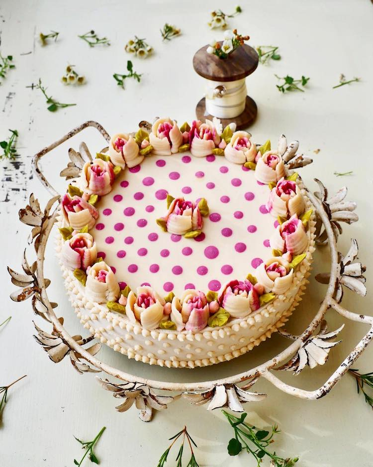 cake, culinary, qwellynaria, culinary art, art, design, decoration, დეკორაცია, დიზაინი, კულინარია, ხელოვნება, ტორტი, მორთვა, ნამცხვარი, ვეგანური ტორტები, ვეგანები, ბლოგი, ქველი, qwellyblog