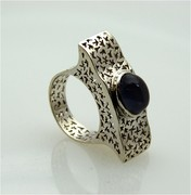 sterling silver ring with tourmalie