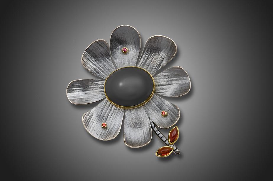 Sassy Flower pin/pendant