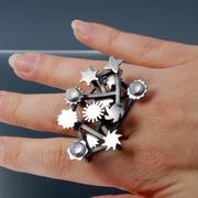 Miniature Mechanical Finger Garden