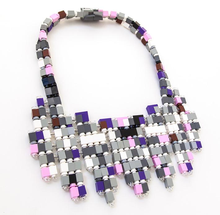 la Ceremonie bib necklace