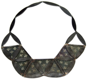 bloom necklace front
