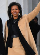 439px-Michelle_Obama_waving