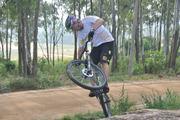 MTB Legend Hans Rey show off his some skills