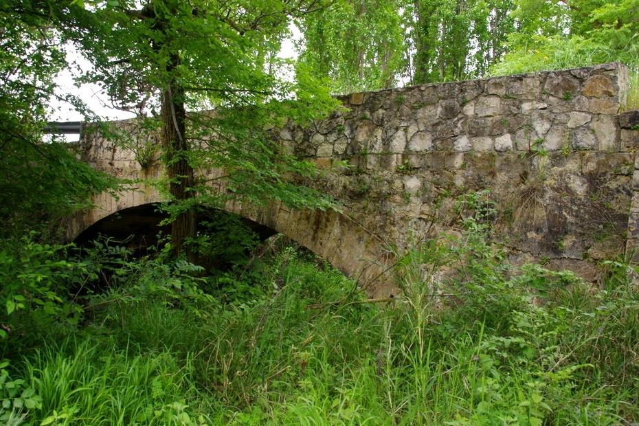 Το παλιό γεφύρι