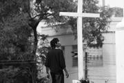 Intervenção Cemitério dos Negros por Cia. Luzia Amélia
