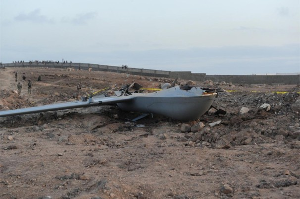 Grounded drone US military_Predator MQ-1B crashed near Djibouti City_photo in WashingtonPost 26 Oct 2012_location Camp Lemonnier in Djibouti_May 2011