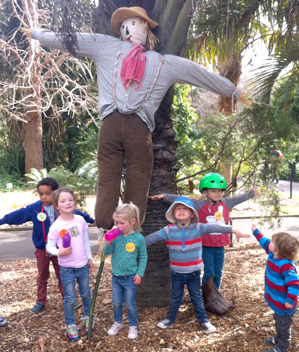 Making scarecrows for the educaiton garden