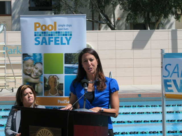 Janet Evans, Olympian swimmer kicks off PoolSafely Event