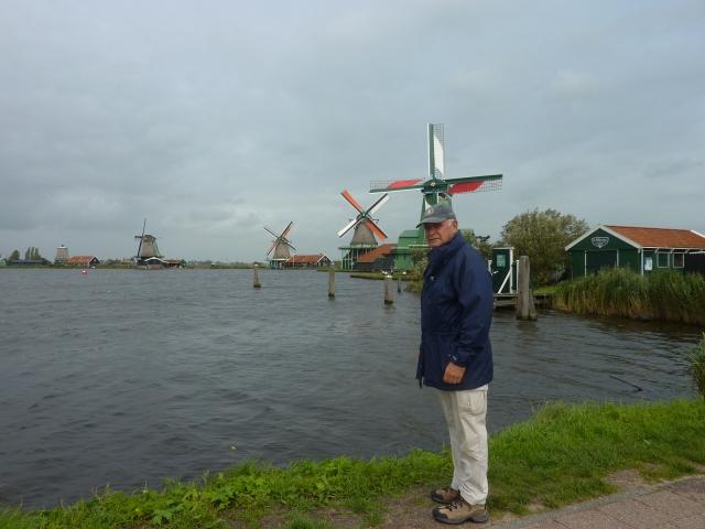 Approaching Zaanse Schans