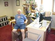 Hal Taussig at his desk (June 26, 2007) DSCN3260