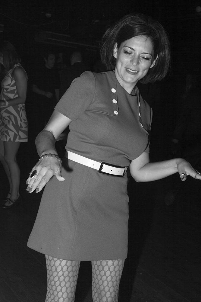 Dancing 008