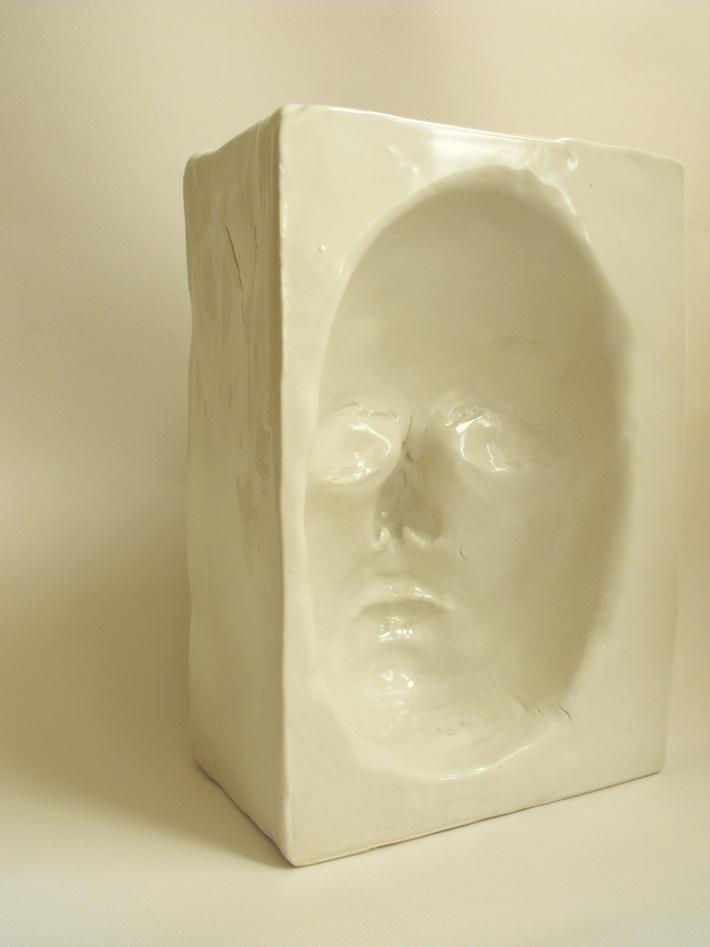 1. 'Double Portrait' view 2- semi-porcelain, 24x18x17 cm,Hans Borgonjon 2011