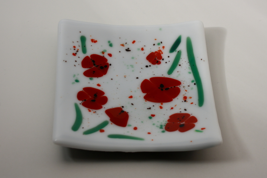 Poppy Sushi Dish