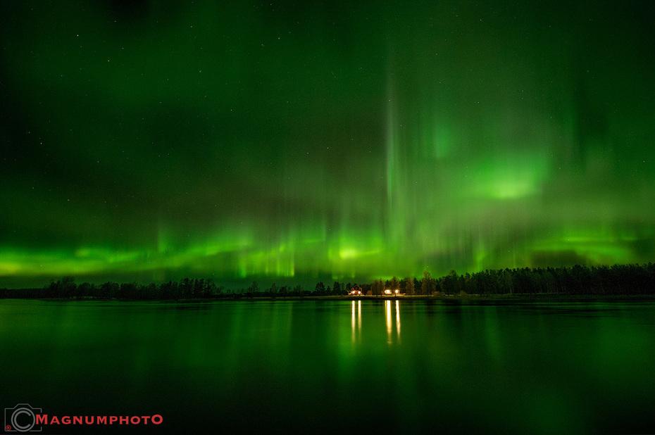 Norrsken i Moskosel den natten den 8-9 november 2015.