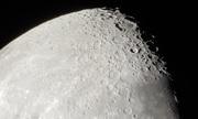 Zooma in på månens kratrar 2017-04-05