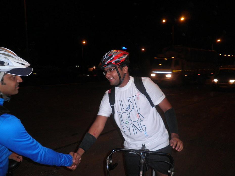 Samir Bose Greets Kiran Patel