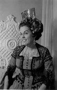 Gloria Queiroz, mezzo-soprano